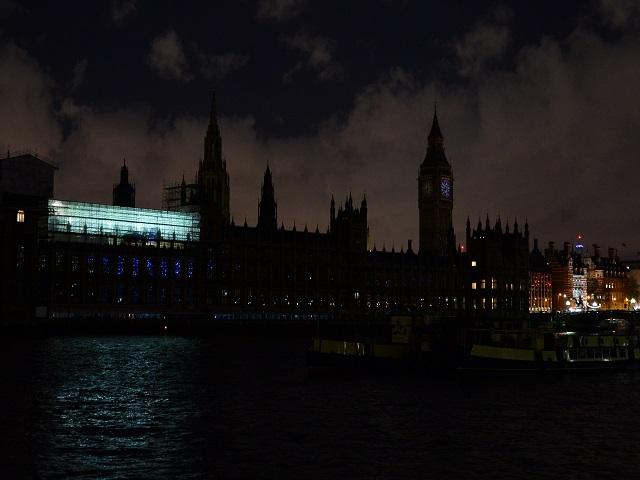 BRITAIN-ENVIRONMENT-ENERGY-EARTH HOUR