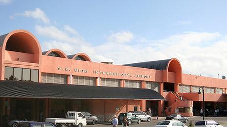 Energía solar fotovoltaica abastece al aeropuerto de Antigua y Barbuda