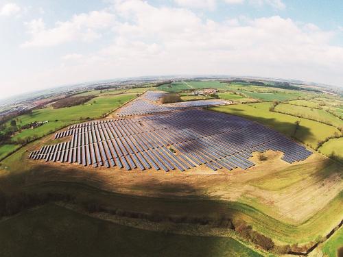 ET Solar adds 13 MWp Project to its Growing UK Solar Portfolio. (PRNewsFoto/ET Solar Energy Corp.)