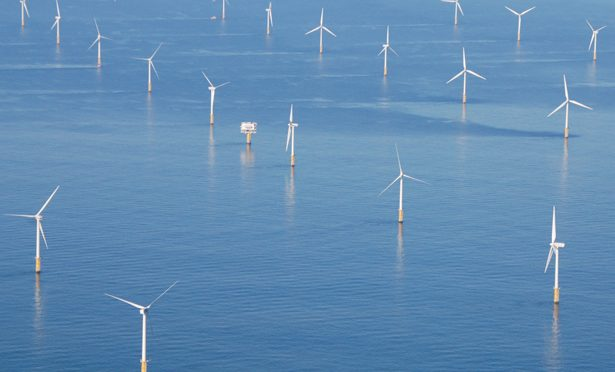 EDF adquiere un proyecto eólico offshore de 450 MW en Escocia de Mainstream Renewable Power