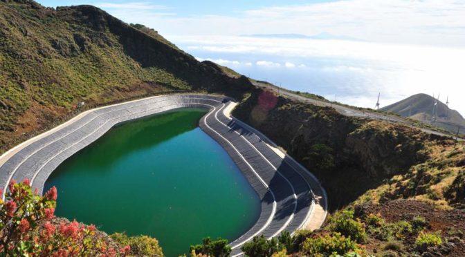 Canarias integrará más energías renovables con bombeo