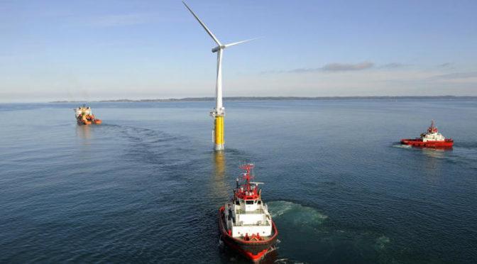 La eólica flotante instala su primera gran central eléctrica