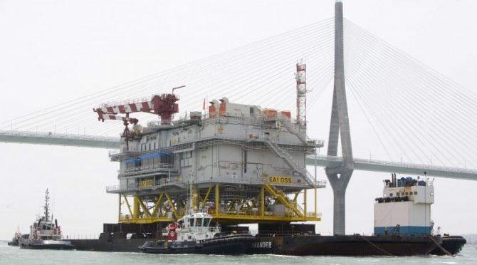 """Iberdrola traslada a Reino Unido la subestación de eólica marina """"Andalucía II"""""""