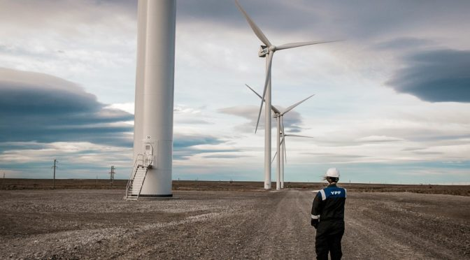 El príncipe de Dinamarca inauguró un parque eólico en Bahía Blanca