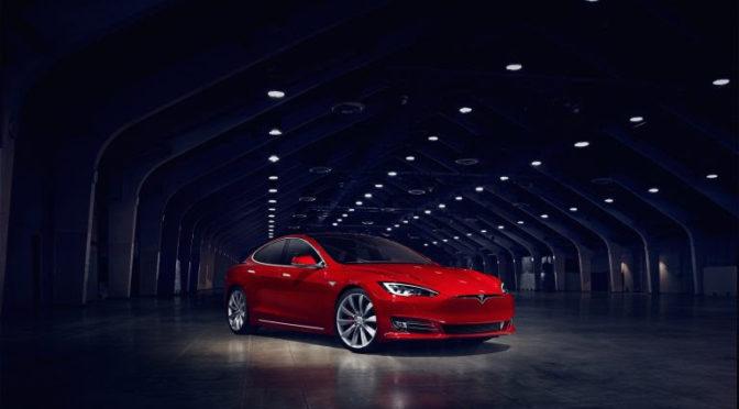 Movelco ofrece vehículos eléctricos Tesla en renting y carsharing