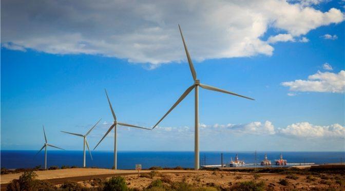 Iberdrola apuesta por el desarrollo de las energías renovables en Canarias