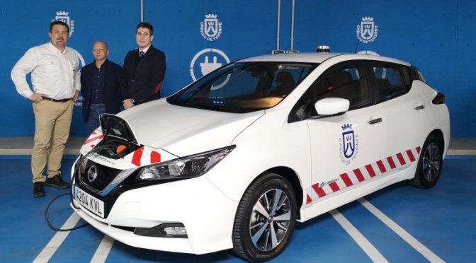 Movelco entrega al Cabildo de Tenerife tres vehículos eléctricos Nissan Leaf