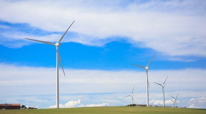 La Comisión Europea critica la poca ambición de energías renovables en sus planes nacionales de energía y clima
