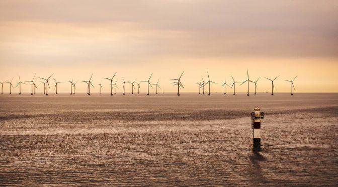 El primer proyecto de energía eólica marina de Virginia se pone en marcha