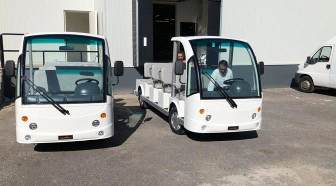 Movelco entrega dos minibuses eléctricos a Bahco para su fábrica de Vitoria