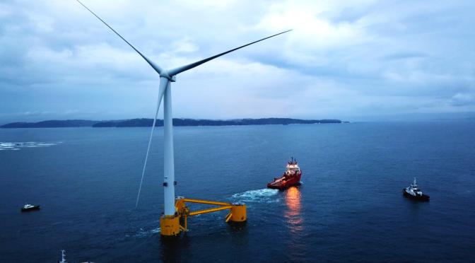 Primera central de energía eólica flotante en Gales en el Mar Céltico