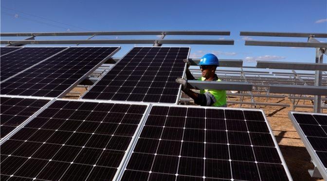 Iberdrola inicia sus primeros 350 MW fotovoltaicos en Castilla y León