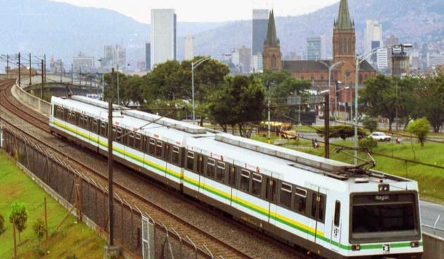 Metro de Medellín será movido con energía solar y eólica