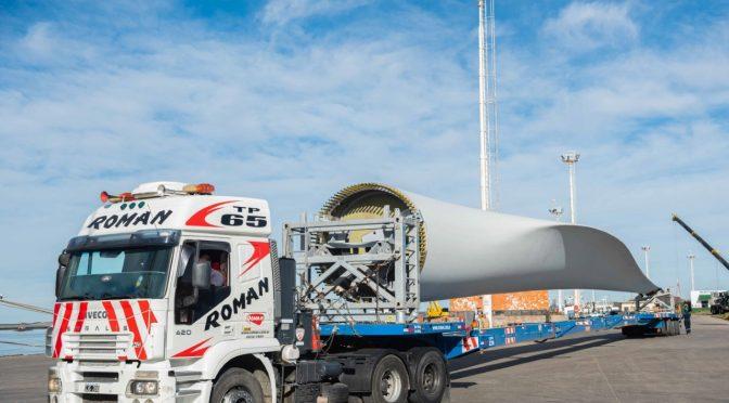 YPF Luz inicia el traslado de los aerogeneradores de su parque eólico en Cañadón Seco