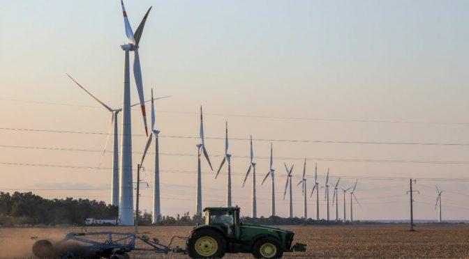 NovaWind de Rosatom construye dos centrales de energía eólica en el sur de Rusia