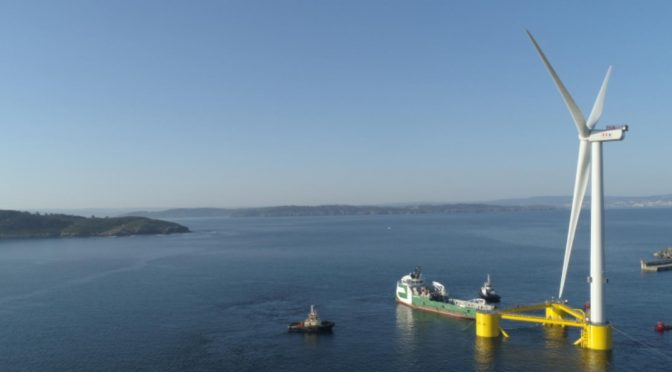 Parte la última plataforma eólica del primer parque eólico flotante