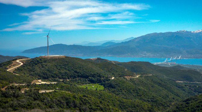 Precio bajo récord en la última subasta griega de energía eólica en tierra