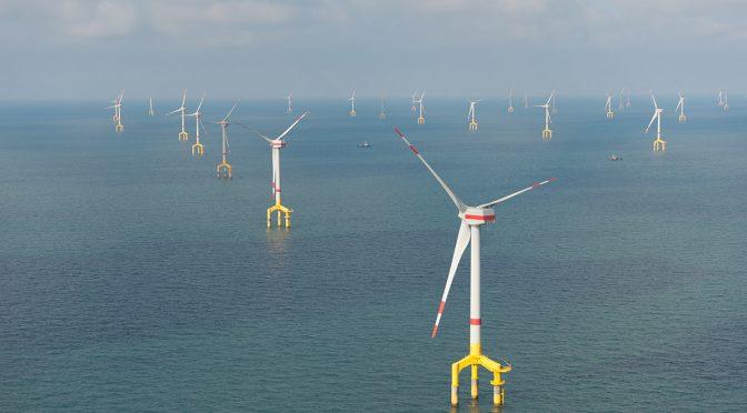 Los gobiernos y la industria están preparados para construir centrales híbridas de energía eólica marina