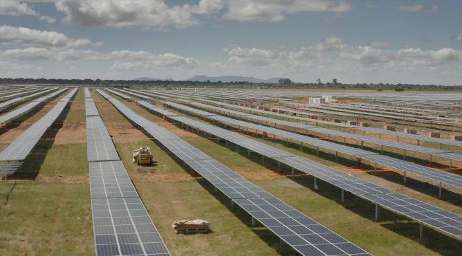 Endesa conecta sus dos primeras plantas solares en Málaga