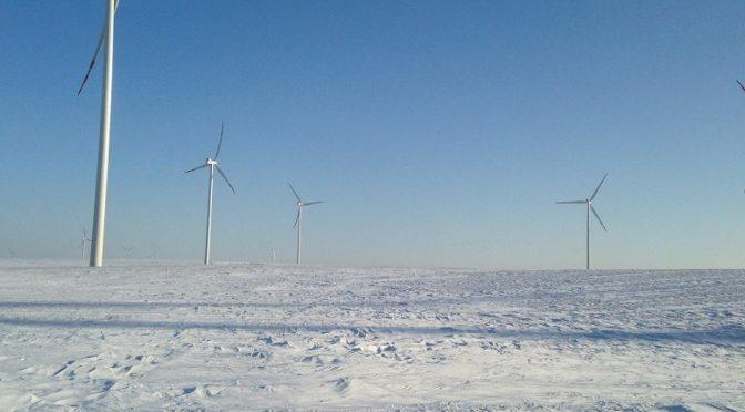 EDP Renováveis se adjudica 5 proyectos de energía eólica y solar de 220 MW en una subasta en Polonia