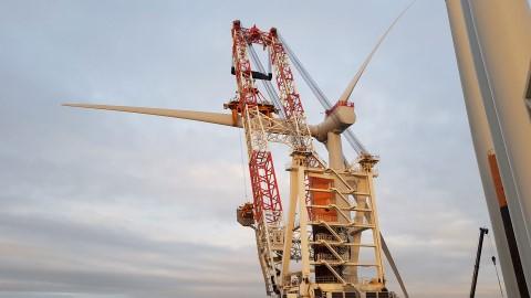 Se instala la primera turbina eólica del parque eólico marino Kriegers Flak