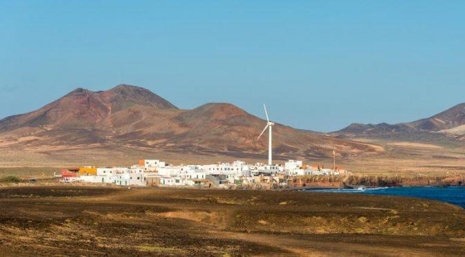 El viento rompe en un día todas las marcas de producción eólica y renovable de Lanzarote y Fuerteventura