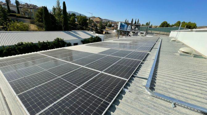 Endesa X realizará la construcción de dos instalaciones de autoconsumo fotovoltaico para DOMCA
