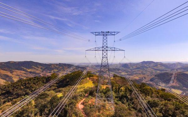 Elecnor construye una línea de transmisión de 200 km en Brasil por 18,5 millones de euros