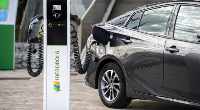 Iberdrola y Toyota se alían para impulsar la movilidad eléctrica en España