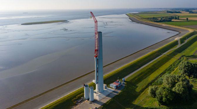 RWE construye turbinas eólicas en un dique de mar en los Países Bajos